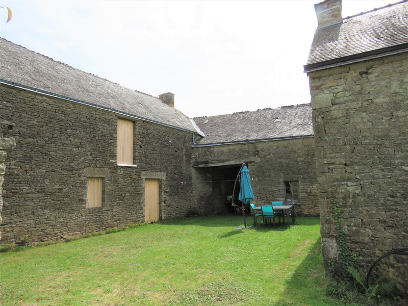 French property for sale in Allaire, Morbihan - €180,000 - photo 4