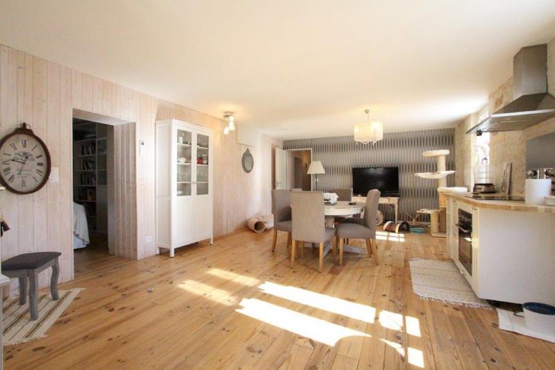 French property for sale in Saint-Seurin-de-Prats, Dordogne - €499,999 - photo 5