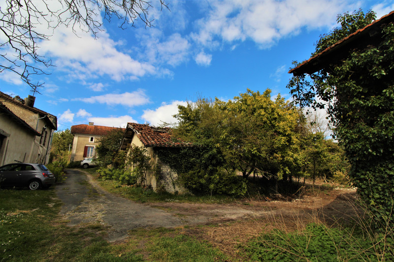 French property for sale in Verteillac, Dordogne - €130,800 - photo 10
