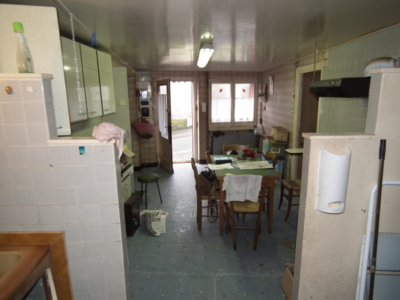 French property for sale in Auzances, Creuse - €31,600 - photo 4