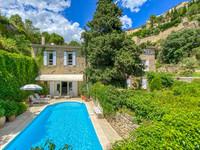 chateau for sale in Gordes Vaucluse Provence_Cote_d_Azur