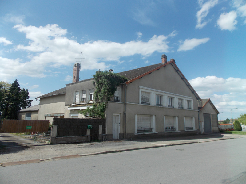 French property for sale in Bussière-Poitevine, Haute-Vienne - €119,900 - photo 2
