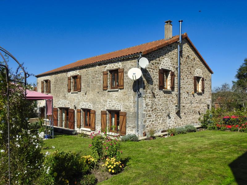 Maison à vendre à Thiat(87320) - Haute-Vienne