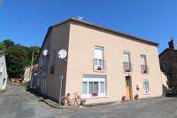 Maison ancienne totalement rénovée avec 4 chambres, jardin et maison d'amis dans village à 40km de Poitiers.