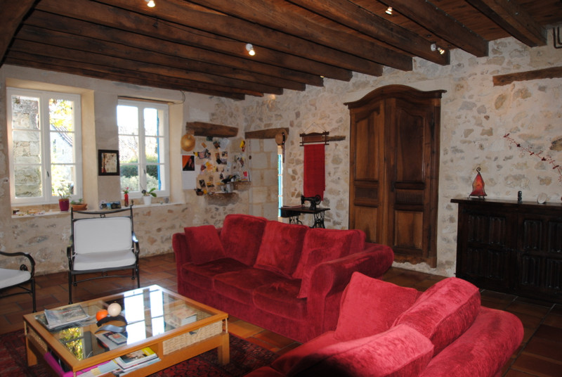 French property for sale in Branne, Gironde - €460,000 - photo 6