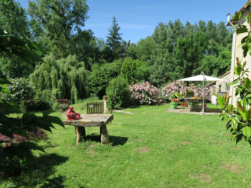 French property for sale in Paizay-le-Tort, Deux Sevres - €369,995 - photo 3