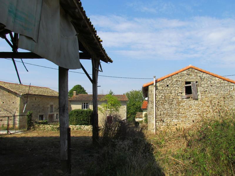 Maison à vendre à Melle, Deux-Sèvres - 41 000 € - photo 6