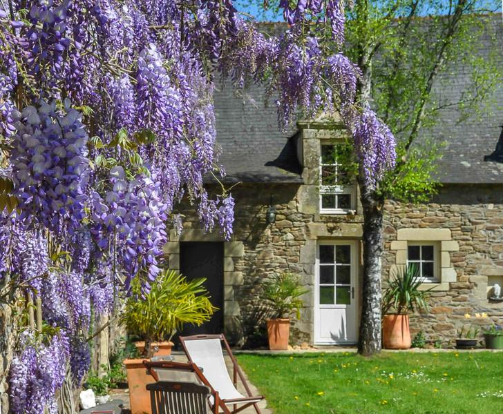 French property for sale in Rochefort-en-Terre, Morbihan - €954,000 - photo 2