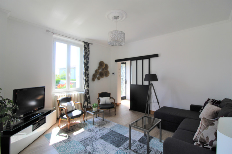 French property for sale in Rochechouart, Haute-Vienne - €249,500 - photo 10
