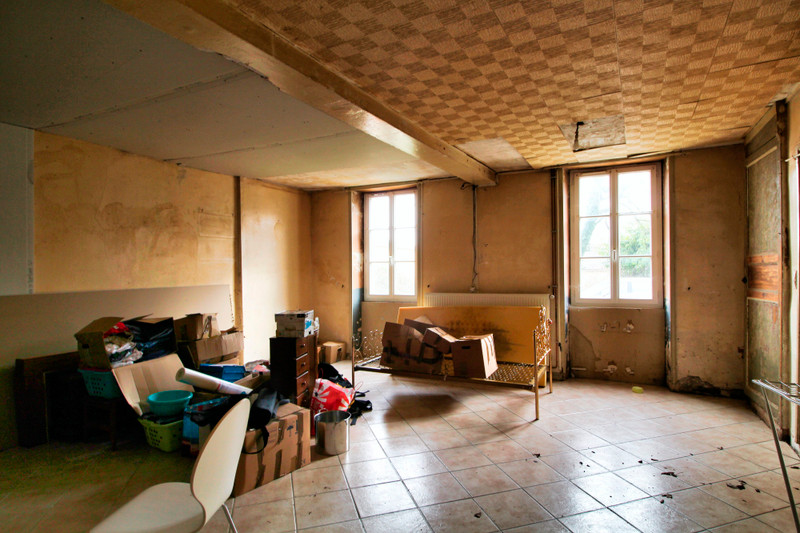 French property for sale in Verdille, Charente - €51,600 - photo 3