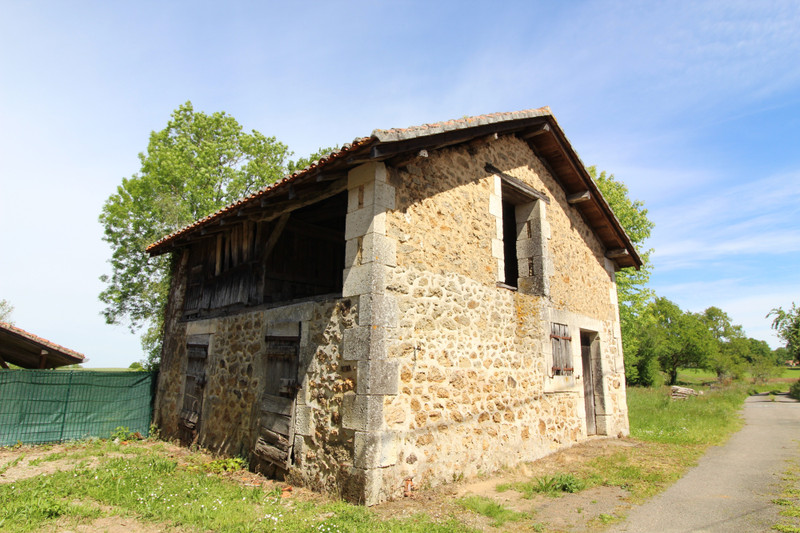 French property for sale in Pressignac, Charente - €41,000 - photo 8