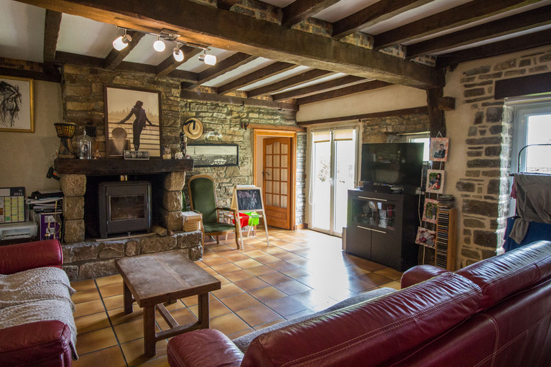 French property for sale in Saint-Amand-Villages, Manche - €267,500 - photo 2