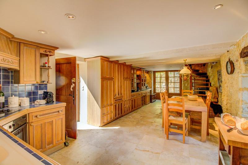 French property for sale in Saint-Aubin-de-Nabirat, Dordogne - €695,000 - photo 3
