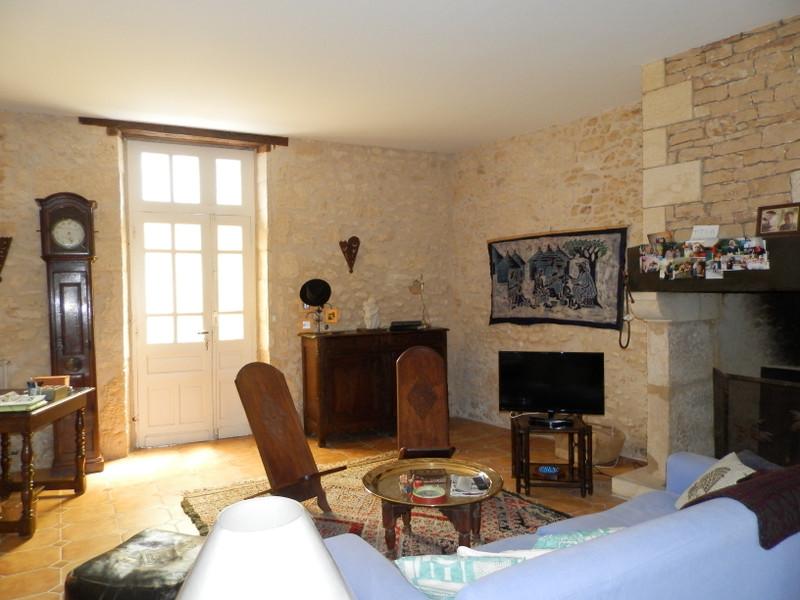 French property for sale in Montignac, Dordogne - €273,000 - photo 3