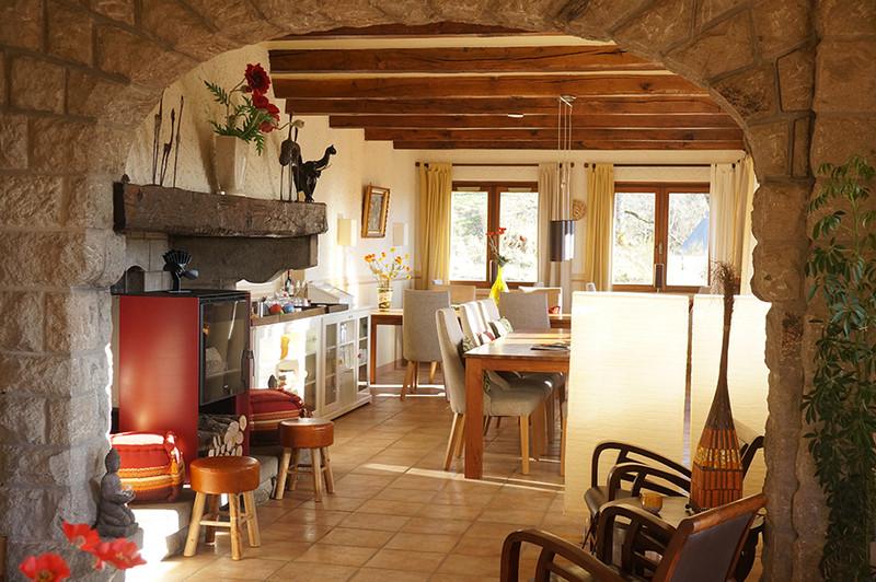 Commerce à vendre à Riom-ès-Montagnes, Cantal - 424 000 € - photo 3