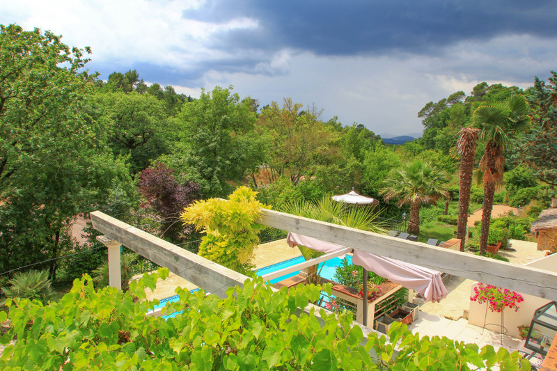 French property for sale in Saint-Paul-en-Forêt, Var - €1,195,000 - photo 10