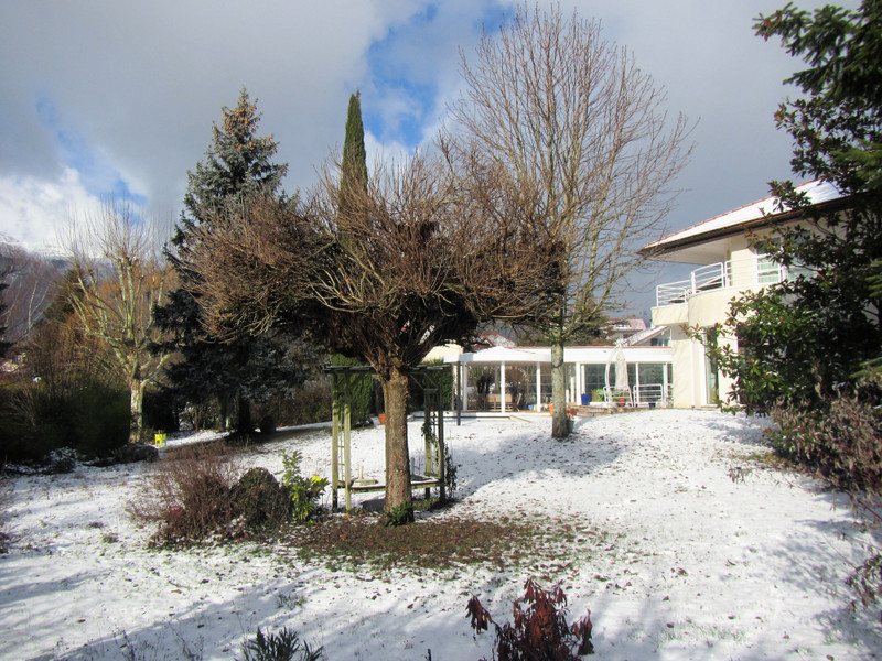 French property for sale in Chevry, Ain - €2,035,700 - photo 5