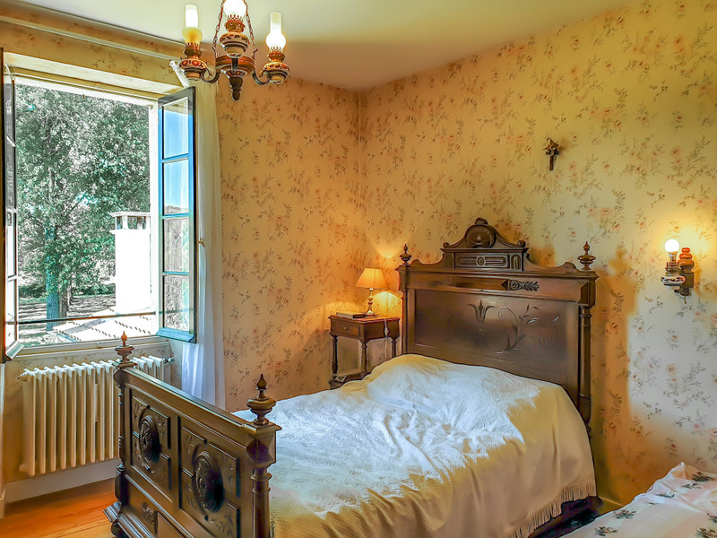 French property for sale in Casteljaloux, Lot-et-Garonne - €556,500 - photo 6