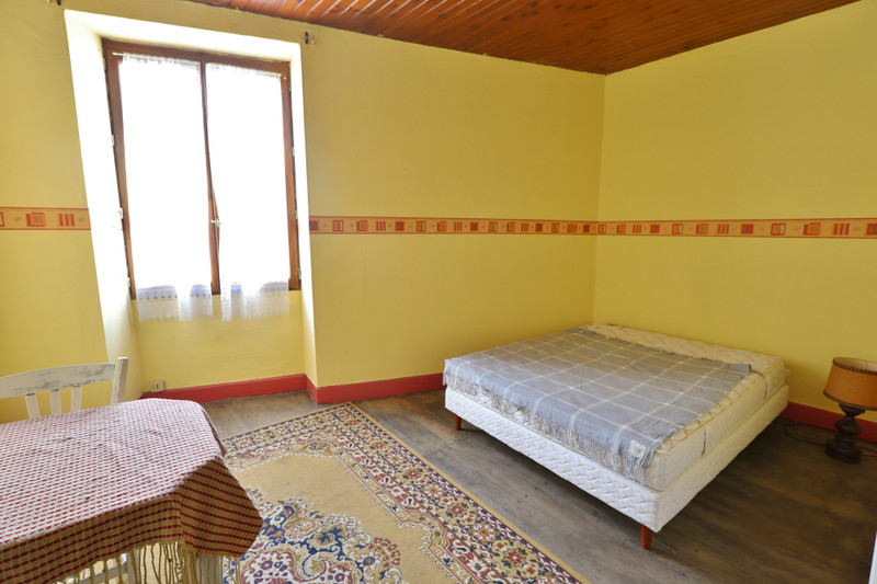 French property for sale in Sauzé-Vaussais, Deux-Sèvres - €51,600 - photo 8