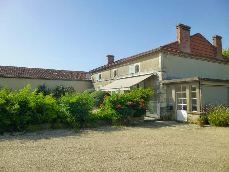 French property for sale in Cambes, Lot et Garonne - €455,800 - photo 9