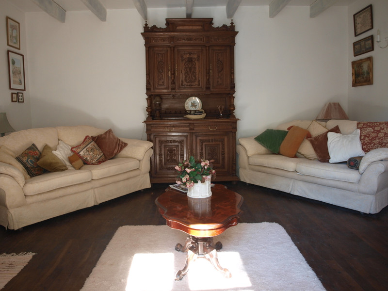 French property for sale in Sepvret, Deux Sevres - €235,400 - photo 2