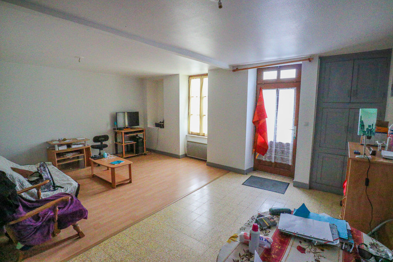French property for sale in Adriers, Vienne - €51,000 - photo 2