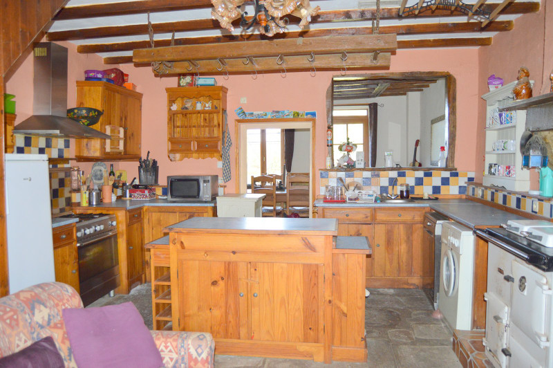 French property for sale in Bonnat, Creuse - €130,800 - photo 5