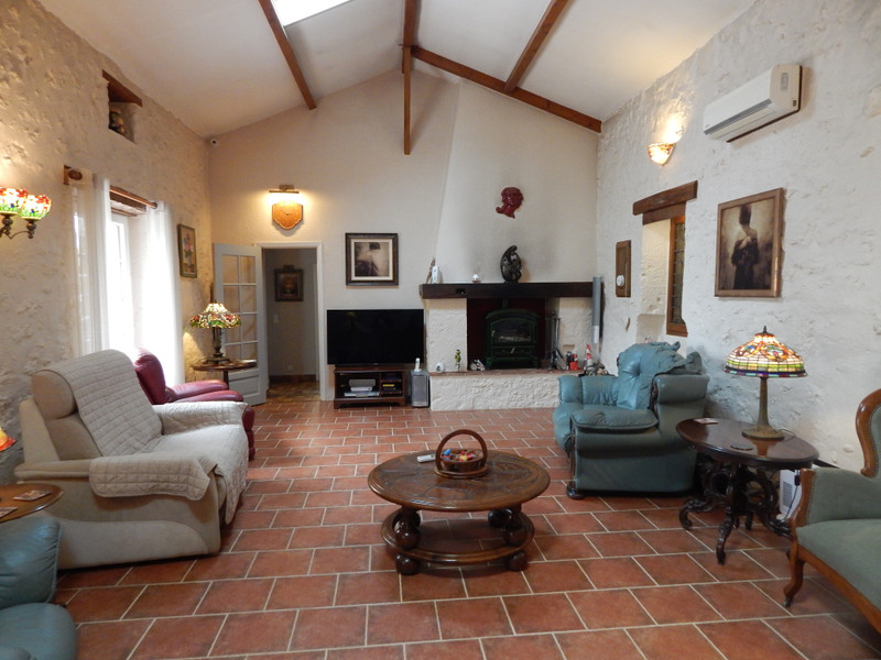 French property for sale in Castella, Lot et Garonne - €434,000 - photo 6