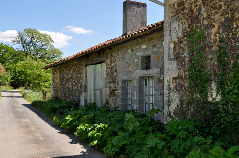 French property for sale in Milhac-de-Nontron, Dordogne - €51,500 - photo 8