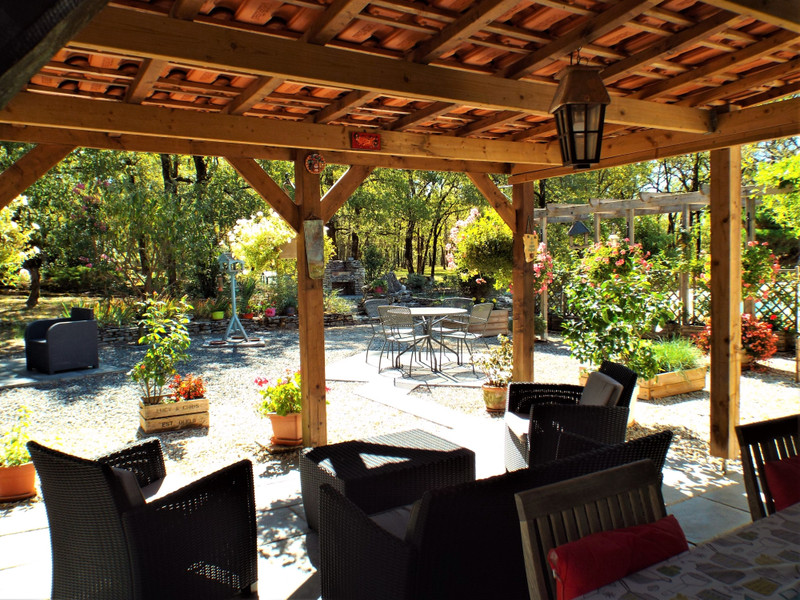 French property for sale in Mayac, Dordogne - €333,900 - photo 3