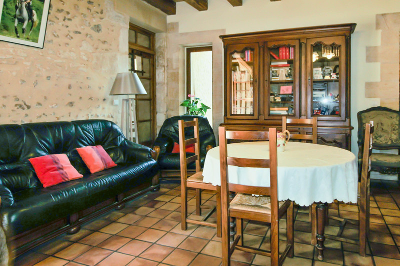 French property for sale in La Douze, Dordogne - €295,000 - photo 4