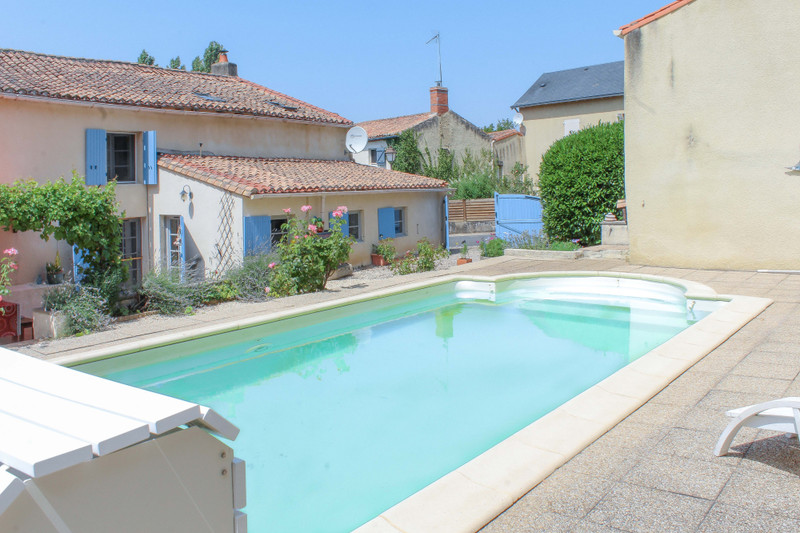 French property for sale in Gourgé, Deux Sevres - €162,000 - photo 2