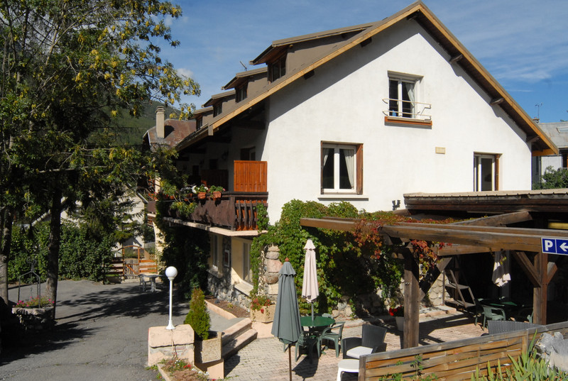 French property for sale in Briançon, Hautes Alpes - €692,000 - photo 3