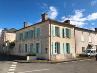 French property, houses and homes for sale inChenac-Saint-Seurin-d'UzetCharente_Maritime Poitou_Charentes