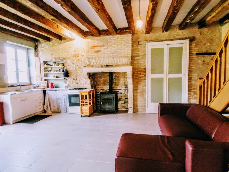 French property for sale in Brigueil-le-Chantre, Vienne - €66,000 - photo 4