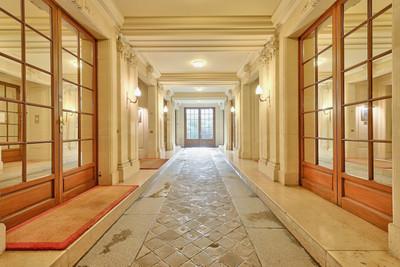 apartmentin Paris 8e Arrondissement