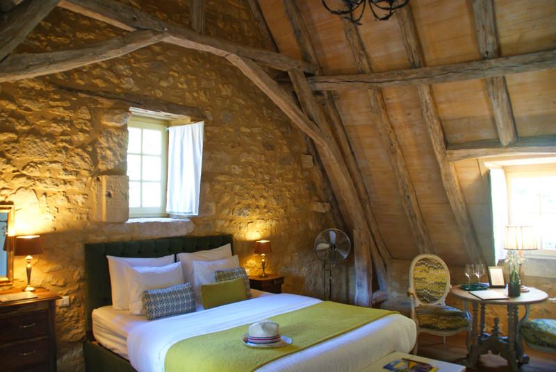 French property for sale in Sarlat-la-Canéda, Dordogne - €966,720 - photo 5