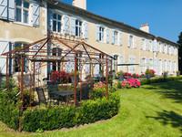 chateau à vendre à Semussac, Charente-Maritime, Poitou_Charentes, avec Leggett Immobilier