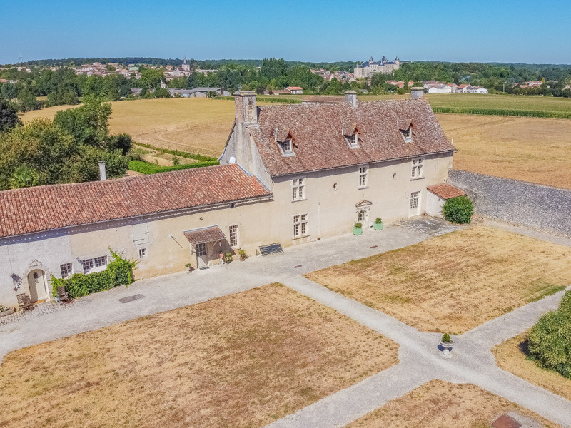 French property for sale in Verteuil-sur-Charente, Charente - €1,085,000 - photo 2