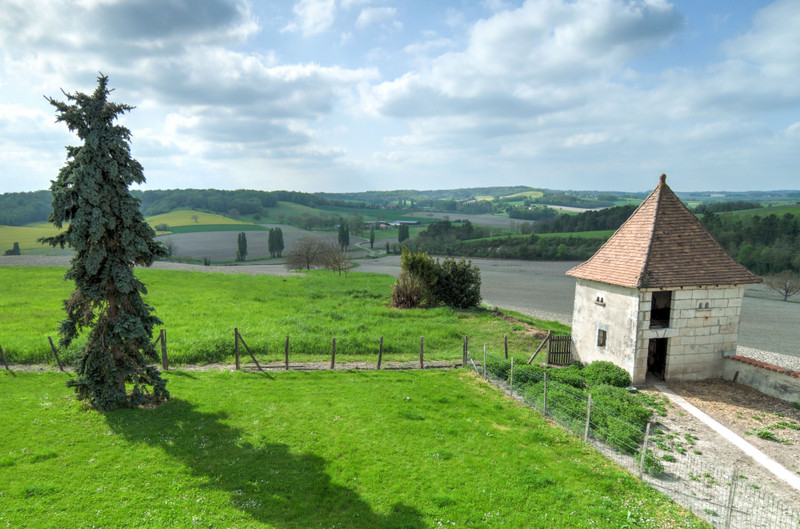 French property for sale in Brie-sous-Chalais, Charente - €310,000 - photo 4