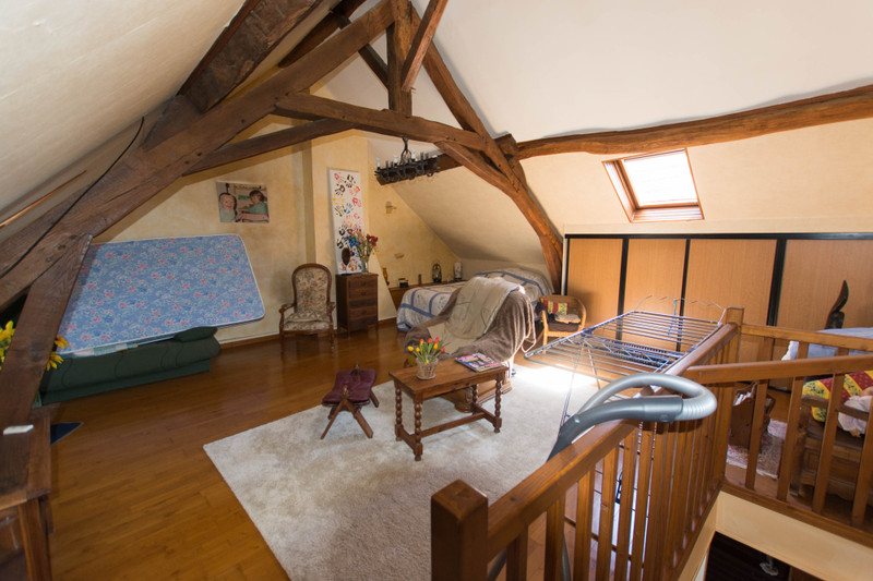 French property for sale in Brigueil-le-Chantre, Vienne - €108,900 - photo 3