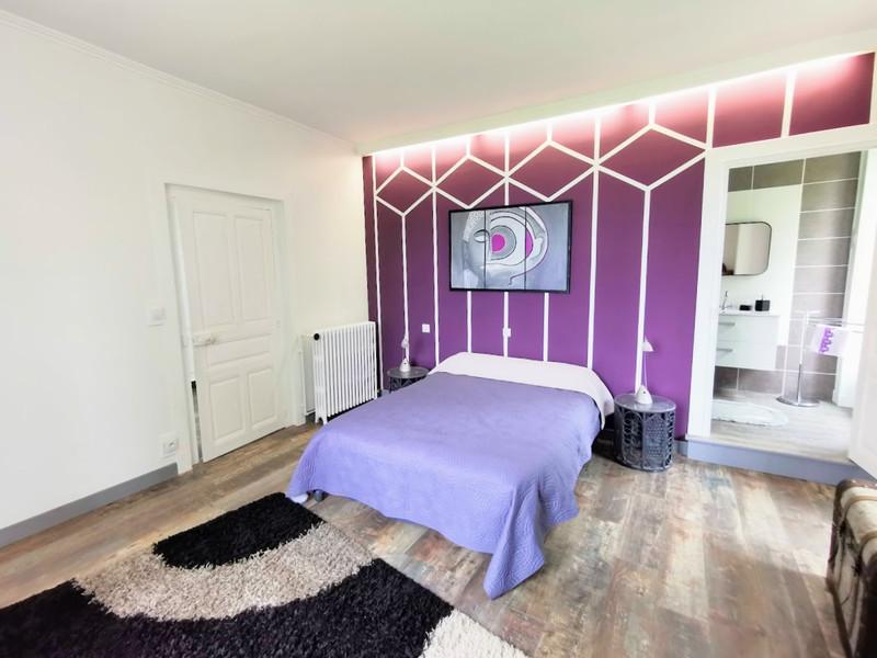 French property for sale in Saint-Yrieix-la-Perche, Haute-Vienne - €296,000 - photo 5