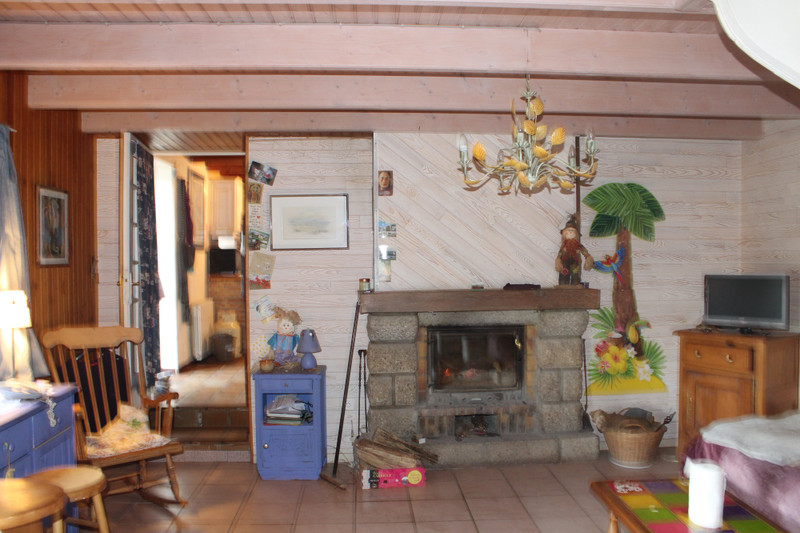 French property for sale in Locmaria-Berrien, Finistère - €84,700 - photo 5