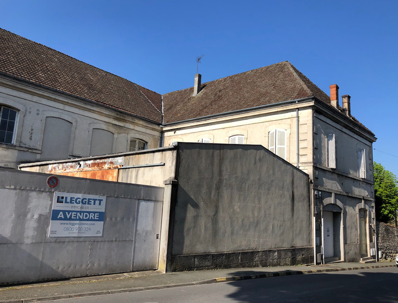 French property for sale in Cognac, Charente - €355,000 - photo 2