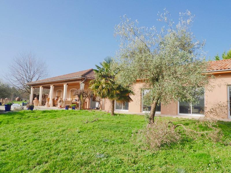 Maison à vendre à Milhac-de-Nontron, Dordogne - 360 000 € - photo 3