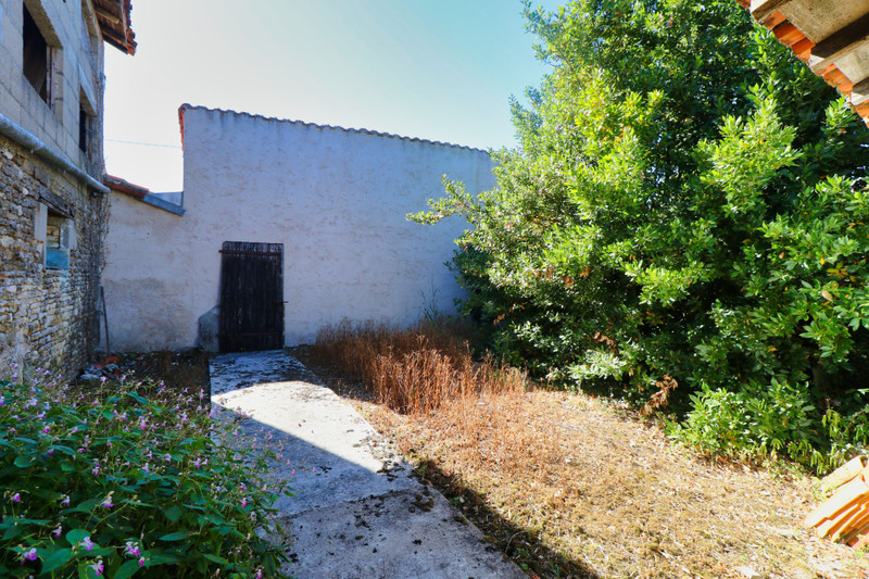 French property for sale in Pliboux, Deux Sevres - €38,600 - photo 9
