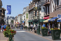 French property, houses and homes for sale inCabourgCalvados Normandy