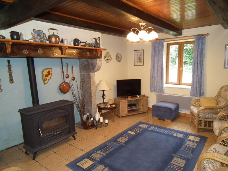 French property for sale in Pontaumur, Puy de Dome - €99,000 - photo 7