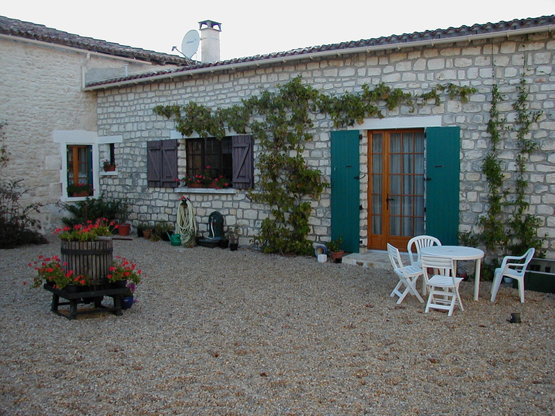 French property for sale in Villebois-Lavalette, Charente - €374,000 - photo 10