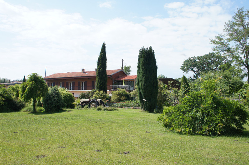 French property for sale in Pamiers, Ariege - €413,400 - photo 2